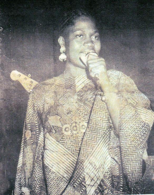 Etisomba Lokindji